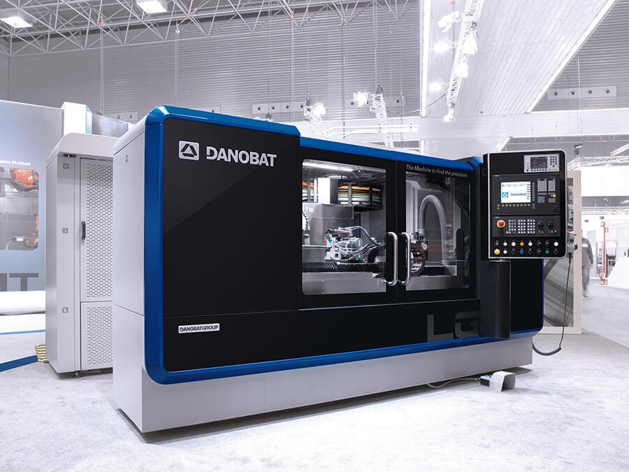 DANOBAT präsentiert auf der INTEC die LG-1000, eine Maschine zum Schleifen schlanker Teile, die hohe Präzision erfordern