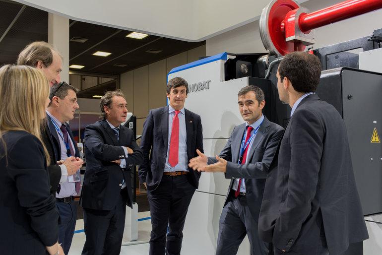 DANOBAT präsentiert auf der INNOTRANS seine neue Reihe Unterflurdrehmaschinen DLR, DHD und DHD+ für die intelligente Bearbeitung von Radsätzen und Bremsscheiben