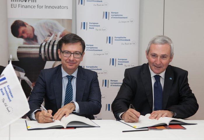 Firma del acuerdo entre DANOBATGROUP y el BEI