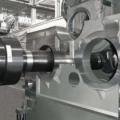 Модель FP - Обработка коробок переключения передач локомотивов - Компания SORALUCE