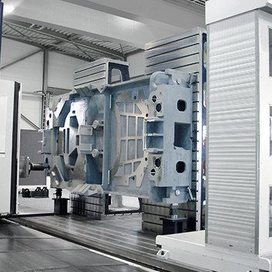 Модель FP - Черновая и чистовая обработка вертикальных штампов - Компания SORALUCE
