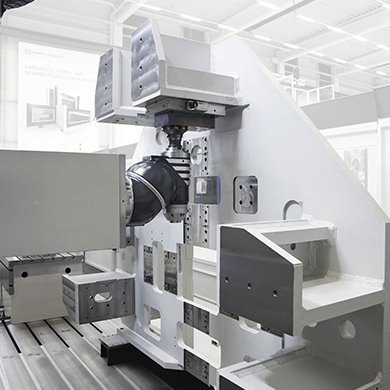 SLP Big sized frame machining in a single setup SORALUCE